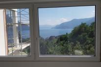 Fenster zum See des Schlafzimmers 2